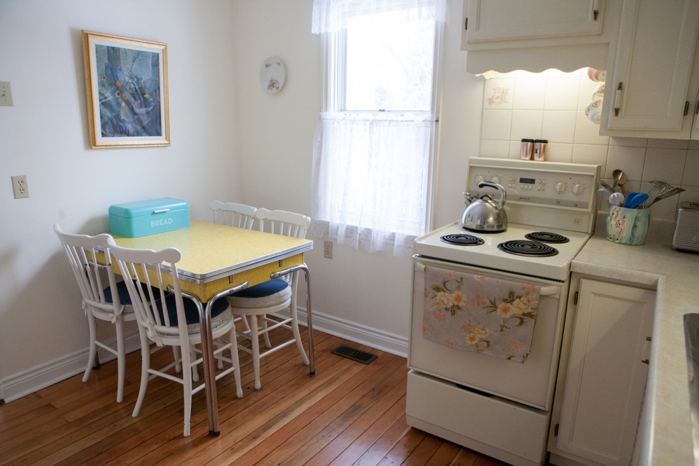 Quaint eat-in kitchen