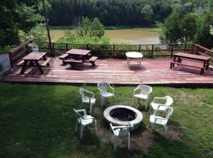 Rosewood Common Firepit and Deck