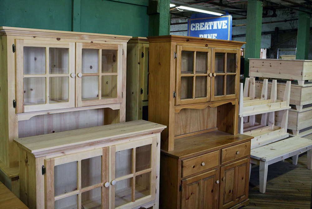 One of the Largest Selections of Custom Mennonite Furniture in Ontario