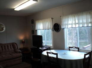 Rosewood Cottage #4 Dining Area